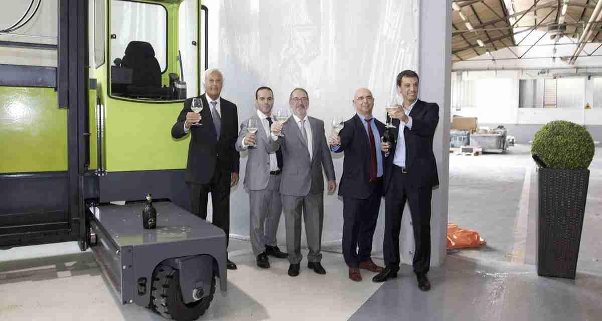 Presentato il primo carrello laterale Fiora|OMG Sideloaders Maker