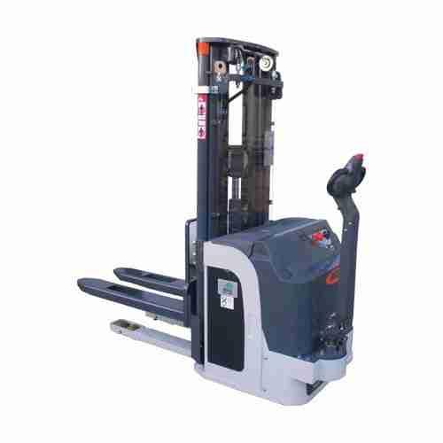 Carrello Elevatore Automatico AGV 716 K ac